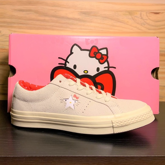 New Converse x Hello Kitty One Star Suede Limited NWT
